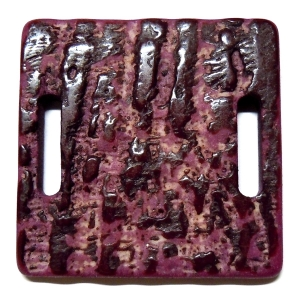 Methacrylate Square 40mm - 2 Oval Holes - Dark Purple