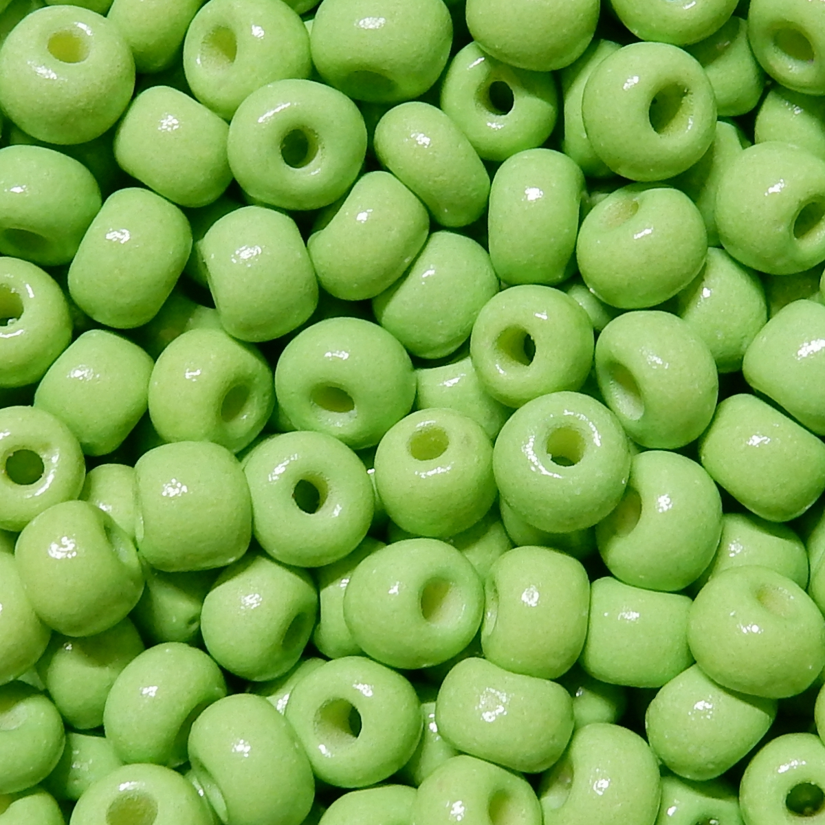 Round nº 4 - Light Green Opaque 44