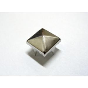 Tacha Piramide 8mm